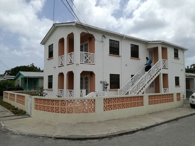 Photo for Bridgetown apartment 6 minutes walk from the beach and 15 from the city centre