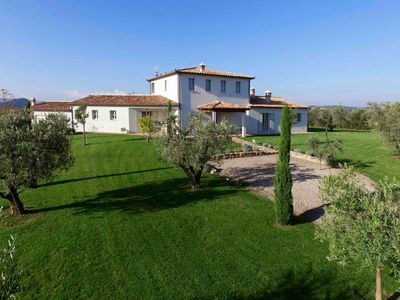 Photo for Villa Sassi: Luxury 4 bedroom villa in Tuscany