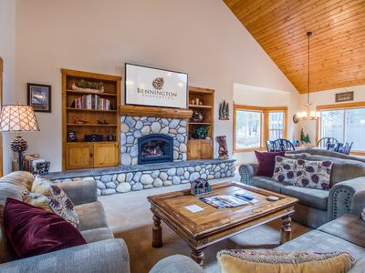 Photo for Stunning lodge-style, multi-level home with large bonus bdrm, A/C - LASS08