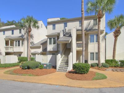Photo for 6 Beach Arbor 1st Floor End Unit. Walk to the Beach, Poolside, Pet Friendly