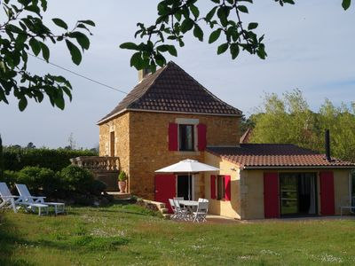 Photo for Ideal location close to Gourdon, Sarlat, Rocamadour, Padirac, the Eysies