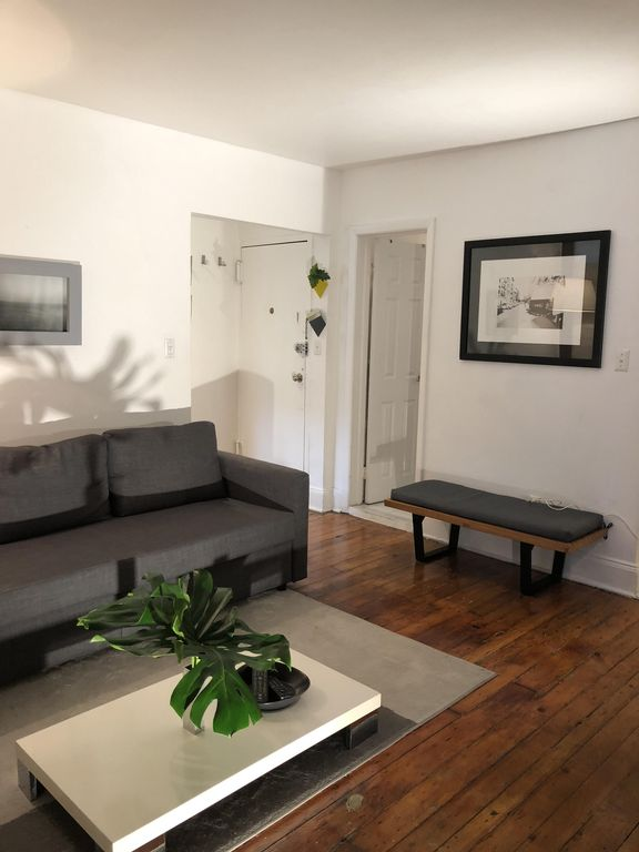 Beautiful 2 Br Apt Located In The Coolest Neighborhood Nyc Meatng West Village