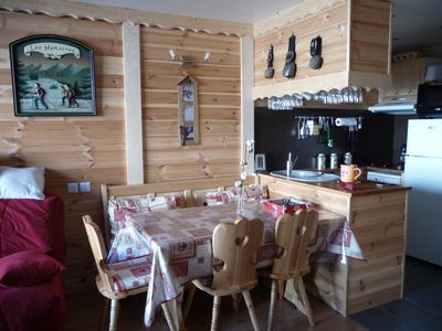 Photo for le balcon des armoises: warm mountain style apartment at the foot of the slopes