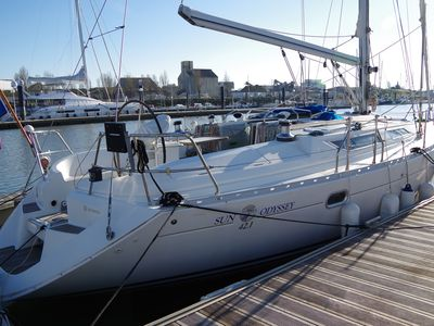 Photo for Comfortable sailboat in the heart of Les Sables d'Olonne