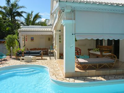 Photo for Charming house with swimming pool in 2 steps of the lagoon of the Ermitage