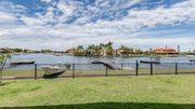 Waterfront Home-Pool & Pontoon - Great For Easter