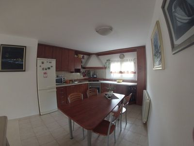 Photo for Apartment in the center of Supetar with Air conditioning, Parking, Terrace (467274)
