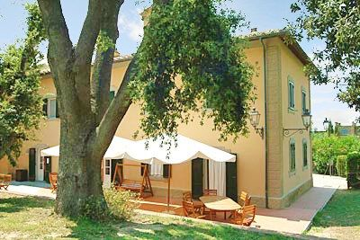 Photo for Holiday apartment Residence Sant'Anna del Volterraio