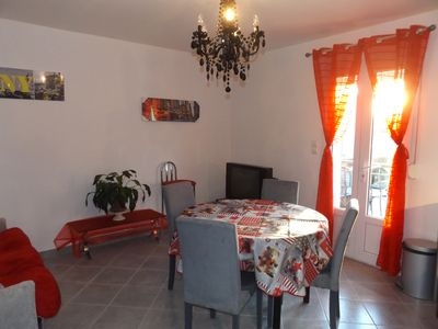 Photo for Apartment for 4 people in Vergèze