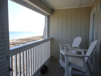 Photo for Barefoot at A Place at the Beach: 2 BR / 2 BA condo in Carolina Beach, Sleeps 6