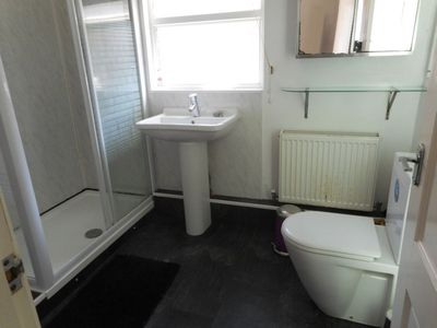 Photo for Holiday Self-catering - 79 Adames Rd,  Portsmouth (Jul & Aug)