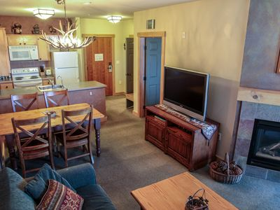 Photo for Ski-In/Ski-Out, Updated Condo At Sunstone Lodge! Great Complex Amenities!