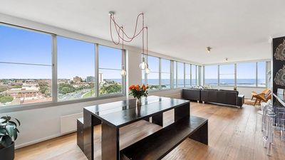 Photo for St Kilda penthouse- panoramic Bay and City views