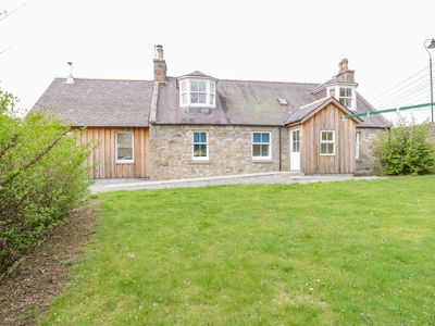 Photo for Bridge Cottage, KINCARDINE O'NEIL