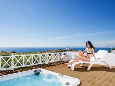Photo for Villa Pearl with Private Hot Tub - Santorini