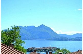 The majestic lake view from your home here at Villa Panoramica, Baveno.