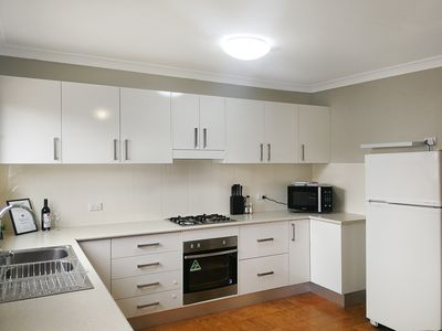 Photo for Large 5-Bedroom House with Wifi & Netflix Close to Taronga Western Plains Zoo