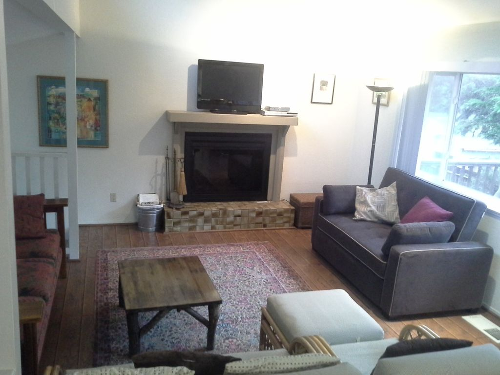 beautiful open space house includes all amenities 5 min walk