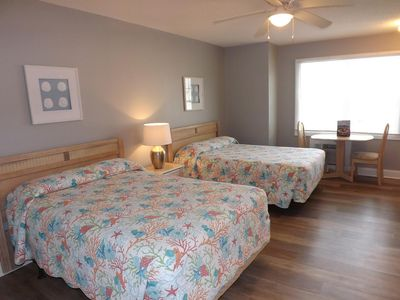 Photo for Perfect studio unit located just minutes from Sunset Beach! (109L)