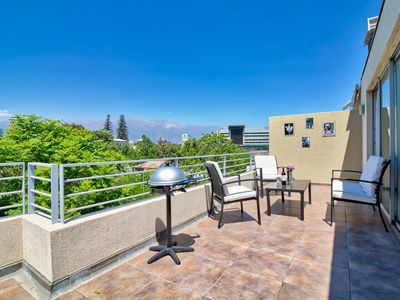 Photo for Huge private balcony, BBQ, Parking, AC & City view