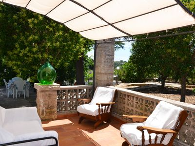 Photo for Large villa, just minutes from the sea