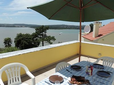 Photo for Comfortable villa with pool, close to the Óbidos lagoon and a beautiful beach