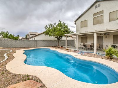 Photo for Family House With The Pool.