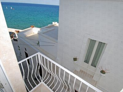 Photo for Casa Paradiso: Authentic Seafront Apartment