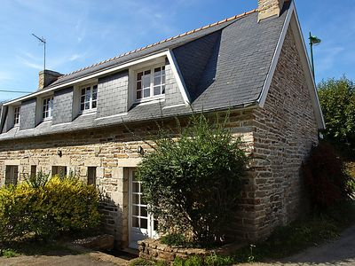 Photo for Vacation home Guelet Ar Len in La-Forêt-Fouesnant - 5 persons, 2 bedrooms