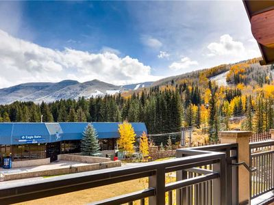 Photo for Grandiose Vail 4 Bedroom Ski-in/Ski-out Mountain View Condo. Hot Tub, Pool