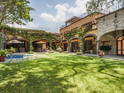 Photo for Large Luxury Villa in center
