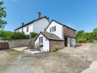 Photo for Vacation home Pusehill Barn in Barnstaple and Braunton - 5 persons, 2 bedrooms