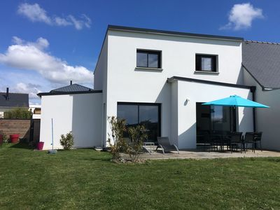 Photo for Detached house Vannes with pool