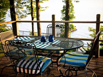 Photo for Charming lakeside cottage with breathtaking views