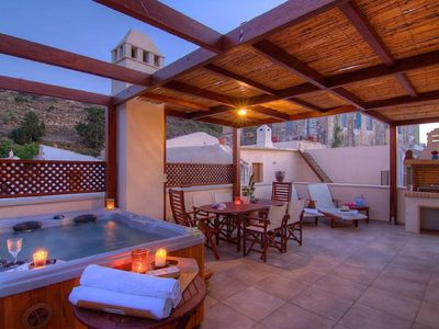Photo for Villa Euphoria, private roof garden jacuzzi with sea view!