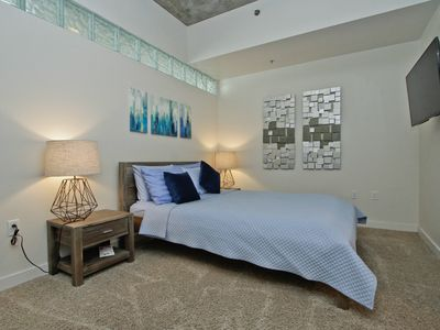 Photo for 2 bed 2 bath in the Highly Desirable SPIRE CONDOS -pool/gym/24 hr concierge