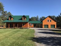 Great cabin. Every thing was clean. Perfect for a weekend getaway