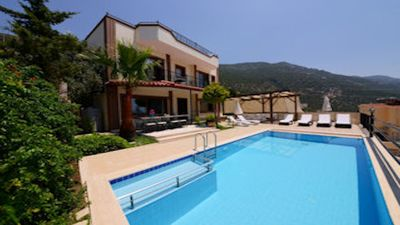 Photo for For those wanting amazing countryside, mountain and sea views, a private setting yet just a few minu