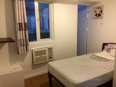 Photo for 10B WHOLE 3BR Condo EDSA-GMA MRT WiFi