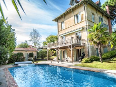 Photo for Superbe Villa avec piscine de pur style Arcachonnais...