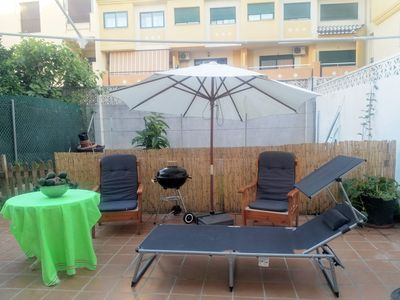 Photo for Central apartment. Large outdoor patio & garage