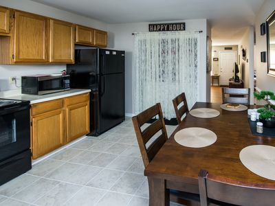 Spotless and Cozy Rental...just 6.5 miles from the Kentucky Horse Park.
