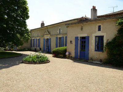 Photo for Elegant 18th Century Manor In Vineyards, Pool, Jacuzzi, 4-star Standing