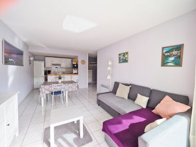 Photo for Pretty T2, tt comfort Saint-Jean-de-Luz, parking, terrace, wifi in peace