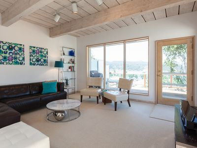 Riverdell-Great views of the Columbia Gorge and White Salmon river, A/C, Garage
