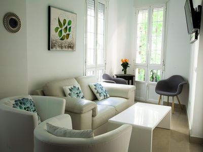 Photo for Cozy and modern apartment in the center