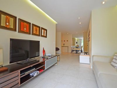Photo for 2 bedrooms apartment with balcony and space garage in Leme!