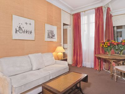 Photo for Truly Parisian Large One Bedroom! Close To Eiffel Tower & Invalides! Sleeps 4