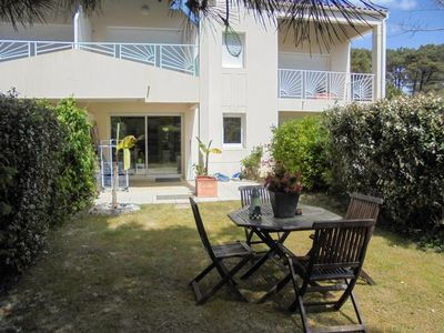 Photo for APARTMENT 4 PEOPLE WITH GARDEN 400M BEACH