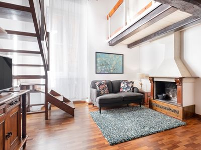 Photo for Enchanting flat up to 4 guests/Campo De' Fiori
